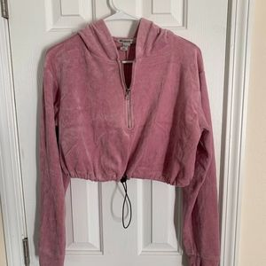 Forever 21 Pink Cropped Hoodie - Size L (NWOT)